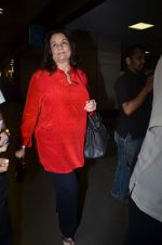 Mumtaz at International Airport, Mumbai on 23rd Oct 2011 (4).JPG