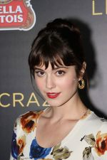 Mary Elizabeth Winstead arrived to the _Like Crazy_ Los Angeles Premiere in Egyptian Theatre on October 25, 2011 (1).jpg