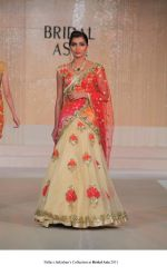 Model walk the ramp for Pallavi jaikishan Show at Bridal Asia 2011 on 27th Sept 2011 (10).jpg