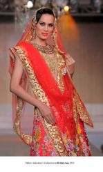 Model walk the ramp for Pallavi jaikishan Show at Bridal Asia 2011 on 27th Sept 2011 (9).jpg