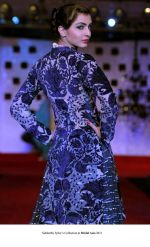 Model walk the ramp for Siddharth Tytler Show at Bridal Asia 2011 on 27th Sept 2011 (13).jpg