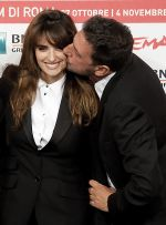 Penelope Cruz and Sergio Castellitto arrives for the 6th Annual Rome International Film Festival in Auditorium Parco Della Musica on October 26, 2011 (4).jpg