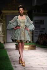 Model walk the ramp for Shantanu Goenka at Wills India Fashion Week 2011 on 10th Oct 2011 (115).JPG
