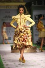 Model walk the ramp for Shantanu Goenka at Wills India Fashion Week 2011 on 10th Oct 2011 (130).JPG