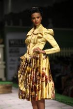 Model walk the ramp for Shantanu Goenka at Wills India Fashion Week 2011 on 10th Oct 2011 (134).JPG