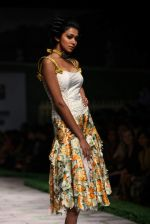 Model walk the ramp for Shantanu Goenka at Wills India Fashion Week 2011 on 10th Oct 2011 (135).JPG
