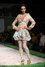 Model walk the ramp for Shantanu Goenka at Wills India Fashion Week 2011 on 10th Oct 2011 (139).JPG