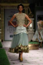 Model walk the ramp for Shantanu Goenka at Wills India Fashion Week 2011 on 10th Oct 2011 (142).JPG