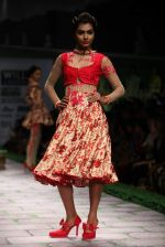 Model walk the ramp for Shantanu Goenka at Wills India Fashion Week 2011 on 10th Oct 2011 (149).JPG