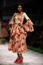 Model walk the ramp for Shantanu Goenka at Wills India Fashion Week 2011 on 10th Oct 2011 (152).JPG