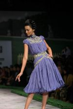 Model walk the ramp for Shantanu Goenka at Wills India Fashion Week 2011 on 10th Oct 2011 (166).JPG