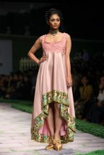 Model walk the ramp for Shantanu Goenka at Wills India Fashion Week 2011 on 10th Oct 2011 (175).JPG