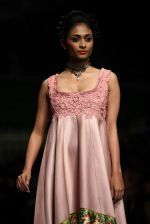 Model walk the ramp for Shantanu Goenka at Wills India Fashion Week 2011 on 10th Oct 2011 (177).JPG