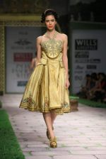 Model walk the ramp for Shantanu Goenka at Wills India Fashion Week 2011 on 10th Oct 2011 (187).JPG