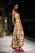 Model walk the ramp for Shantanu Goenka at Wills India Fashion Week 2011 on 10th Oct 2011 (195).JPG