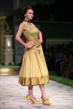 Model walk the ramp for Shantanu Goenka at Wills India Fashion Week 2011 on 10th Oct 2011 (173).JPG