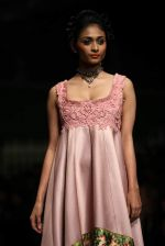 Model walk the ramp for Shantanu Goenka at Wills India Fashion Week 2011 on 10th Oct 2011 (178).JPG