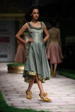 Model walk the ramp for Shantanu Goenka at Wills India Fashion Week 2011 on 10th Oct 2011 (184).JPG