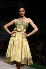 Model walk the ramp for Shantanu Goenka at Wills India Fashion Week 2011 on 10th Oct 2011 (188).JPG