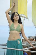Tapasee Pannu in Mogudu Movie Stills (11).JPG