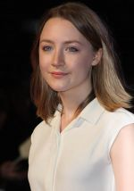 Saoirse Ronan attends _In Time_ UK Premiere in Curzon Mayfair on October 31, 2011 (5).jpg