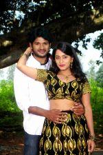 Radhika, Naga Siddharth in Maa Abbai Engineering Student Movie Stills (5).jpg
