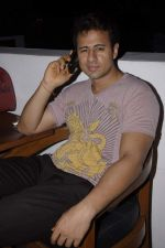 Aryan Vaid at Rohit Verma birthday with fashion show in Novotel, Mumbai on 8th Nov 2011 (54).JPG