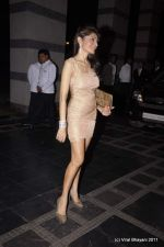 Queenie Dhody at Abu Jani and Sandeep Khosla_s 25th year bash in Grand Hyatt, Mumbai on 8th Nov 2011 (12).JPG
