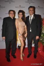 Queenie Dhody at Abu Jani and Sandeep Khosla_s 25th year bash in Grand Hyatt, Mumbai on 8th Nov 2011 (73).JPG