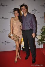 Queenie Dhody at Abu Jani and Sandeep Khosla_s 25th year bash in Grand Hyatt, Mumbai on 8th Nov 2011 (78).JPG