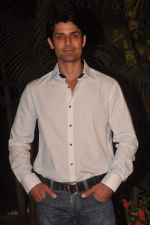 Ameet Gaur at RWITC press meet in Mahalaxmi Race Course on 10th Nov 2011 (9).JPG