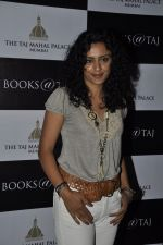 Parveen Dusanj at Suhel Seth_s book Launch in Taj Mahal Hotel on 10th Nov 2011 (18).JPG