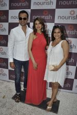 Rohit Roy, Manasi Joshi Roy at Pooja Makhija_s Nourish launch in Khar, Mumbai on13th Nov 2011 (1).JPG