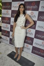 Sonam Kapoor at Pooja Makhija_s Nourish launch in Khar, Mumbai on13th Nov 2011 (48).JPG