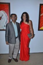 rashmi uday singh at Bharat Tripathi_s art exhibition in Musuem Art Gallery on 14th Nov 2011 (6).JPG