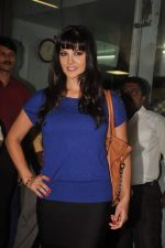 Sunny leone arrives in Mumbai to be part of Big Boss in Mumbai Airport on 17th Nov 2011 (17).JPG