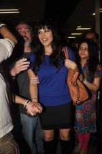 Sunny leone arrives in Mumbai to be part of Big Boss in Mumbai Airport on 17th Nov 2011 (21).JPG