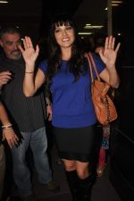 Sunny leone arrives in Mumbai to be part of Big Boss in Mumbai Airport on 17th Nov 2011 (28).JPG