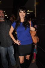 Sunny leone arrives in Mumbai to be part of Big Boss in Mumbai Airport on 17th Nov 2011 (30).JPG