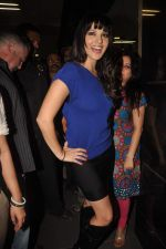 Sunny leone arrives in Mumbai to be part of Big Boss in Mumbai Airport on 17th Nov 2011 (34).JPG