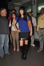 Sunny leone arrives in Mumbai to be part of Big Boss in Mumbai Airport on 17th Nov 2011 (7).JPG