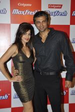 Chetan Hansraj at the Colgate MaxFresh party at Bunglow 9, Mumbai on 24th Nov 2011 (4).JPG