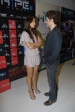 Shiney Ahuja, Julia Bliss at Ghost promotional event in Hype on 26th Nov 2011 (49).JPG