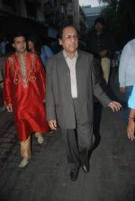 Ghulam Ali, Mohammed Vakil launches Maul Ka Darbar album in Andheri, Mumbai on 29th Nov 2011 (18).JPG