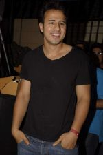 Aryan Vaid at Pitbull Concert in Bandra, Mumbai on 3rd Dec 2011 (19).JPG