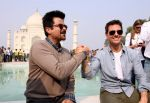 Tom Cruise, Anil Kapoor at the Taj Mahal, Delhi on 3rd Dec 2011 (24).JPG