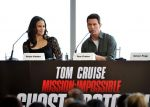 Tom Cruise, Paula Patton at Mission Impossible 4 premiere in Dubai on 7th Dec 2011 (142).JPG