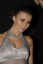 Julia Bliss at Gitanjai Bejewelled show in Powai, Mumbai on 9th Dec 2011 (77).JPG