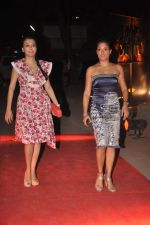 Sandhya Mridul, Mini Mathur at Chivas Studio in Mehboob Studio on 10th Dec 2011 (2).JPG