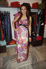 Sudeepa Singh at GOLMAAL Store celebrates its 6th anniversary in Mumbai on 11th Dec 2011 (12).JPG